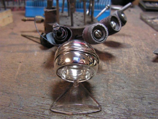 zilveren bolring met draad