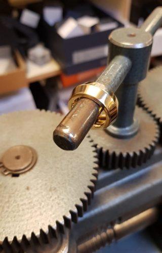 amfora ring goud edelsmid atelier