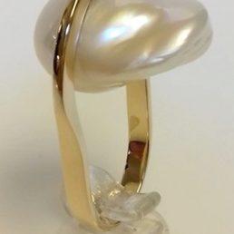 ring barokke parel goud