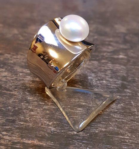 diabolo ring zilver witte parel